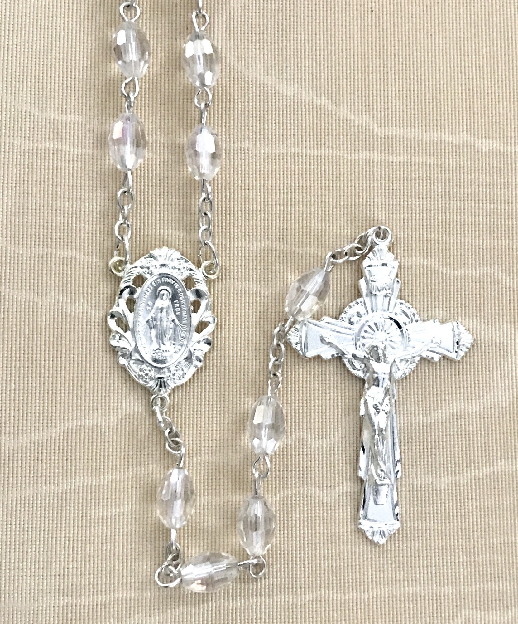7x5mm TIN CUT CRYSTAL ROSARY WITH STERLING SILVER PLATED CRUCIFIX AND CENTER GIFT BOXED