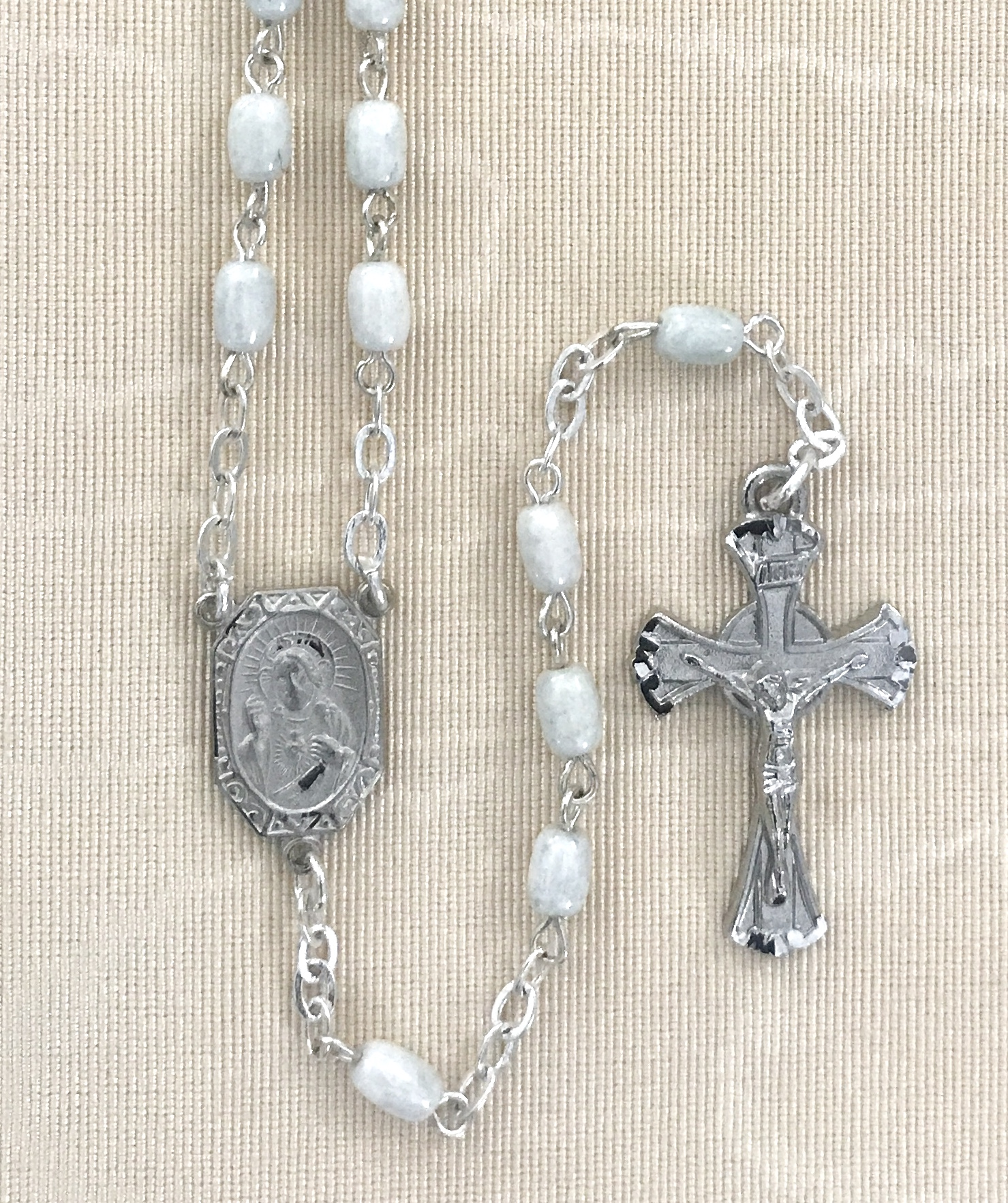4x6 WHITE MARBLE ROSARY WITH STERLING SILVER PLATED CRUCIFIX AND CENTER GIFT BOXED