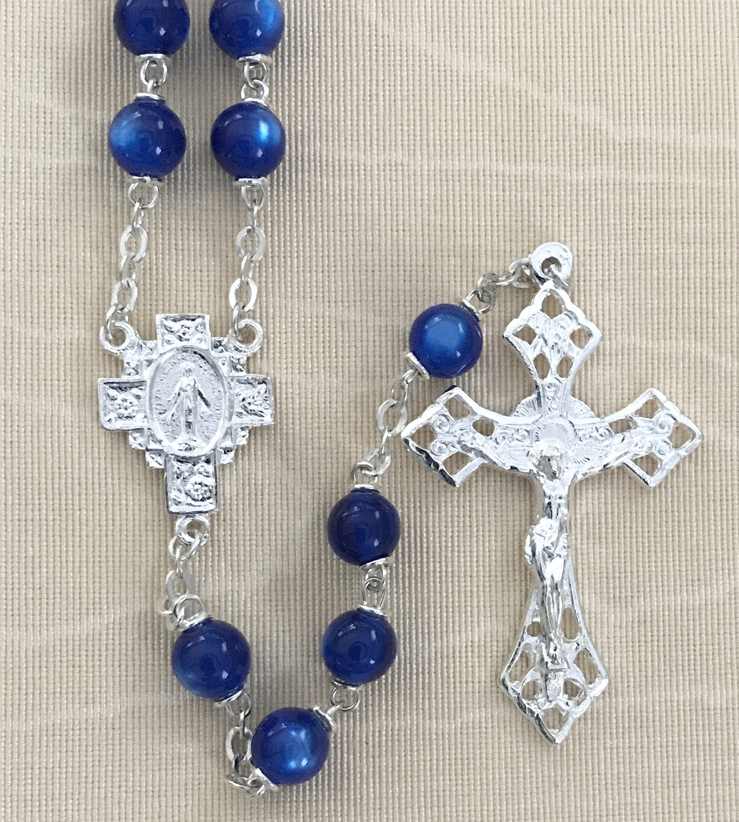 7mm BLUE PEARL LOC-LINK ROSARY WITH STERLING SILVER PLATED CRUCIFIX AND CENTER GIFT BOXED
