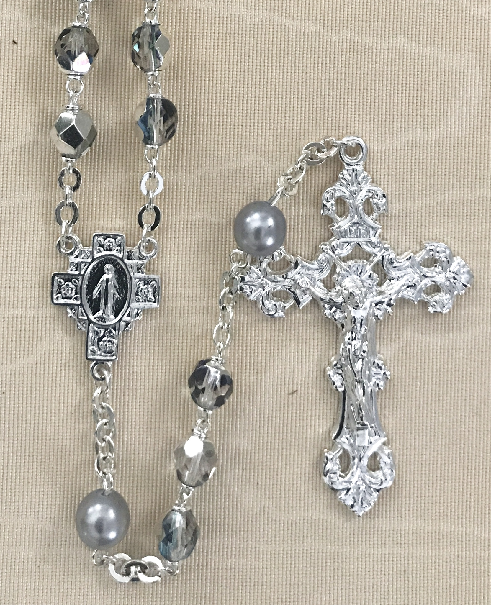 7mm CRYSTAL AB WITH SILVER PEARL OUR FATHER BEADS STERLING SILVER PLATED ROSARY GIFT BOXED