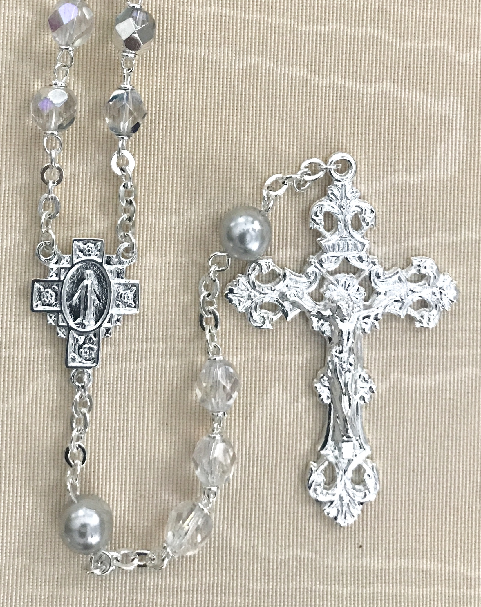 7mm CRYSTAL AB WITH LIGHT SAPPHIRE PEARL OUR FATHER BEADS STERLING SILVER PLATED ROSARY GIFT BOXED