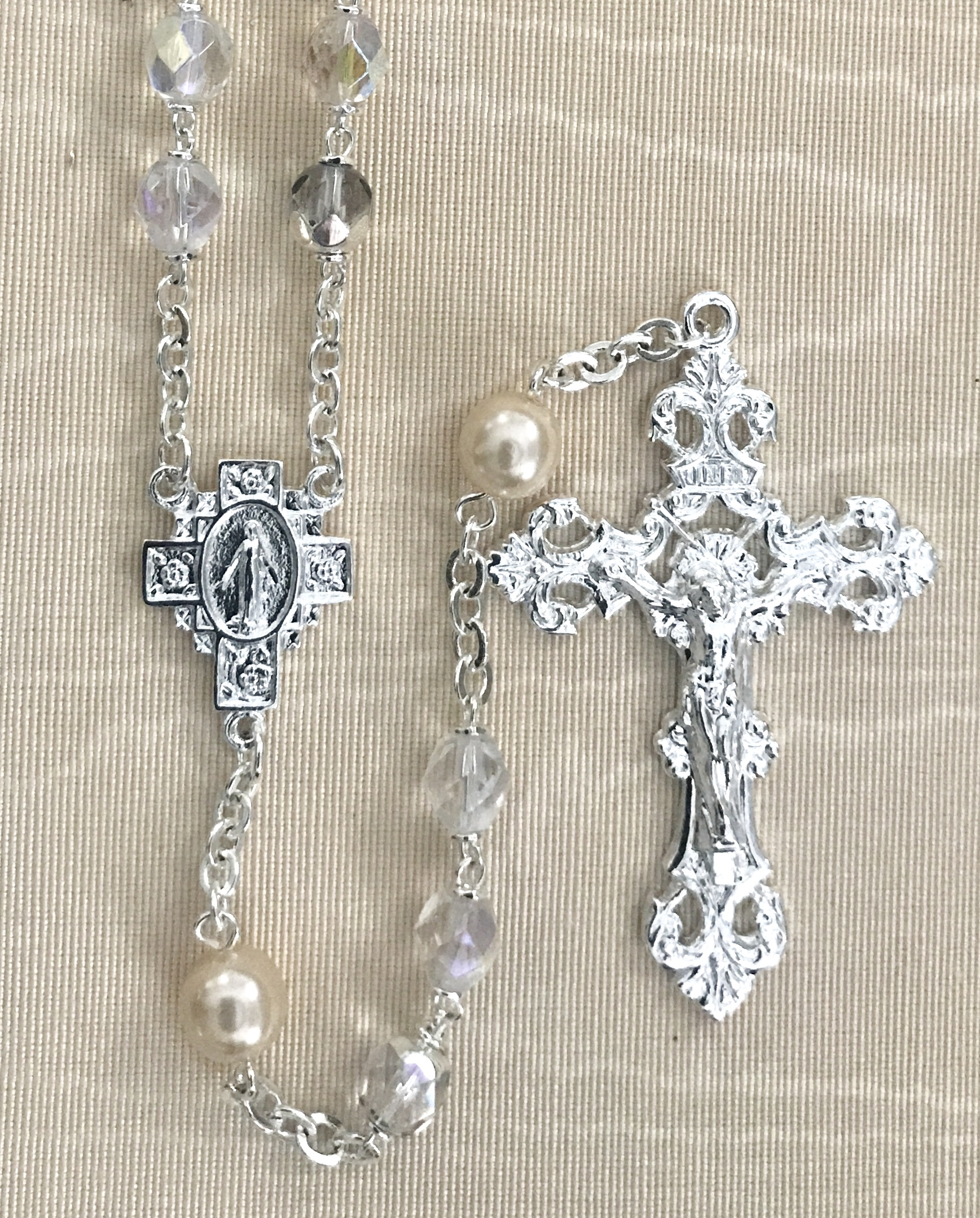 November 7mm CRYSTAL AB with TOPAZ PEARL OUR FATHER BEADS S.S. PLATE LOC-LINK - GIFT BOXED
