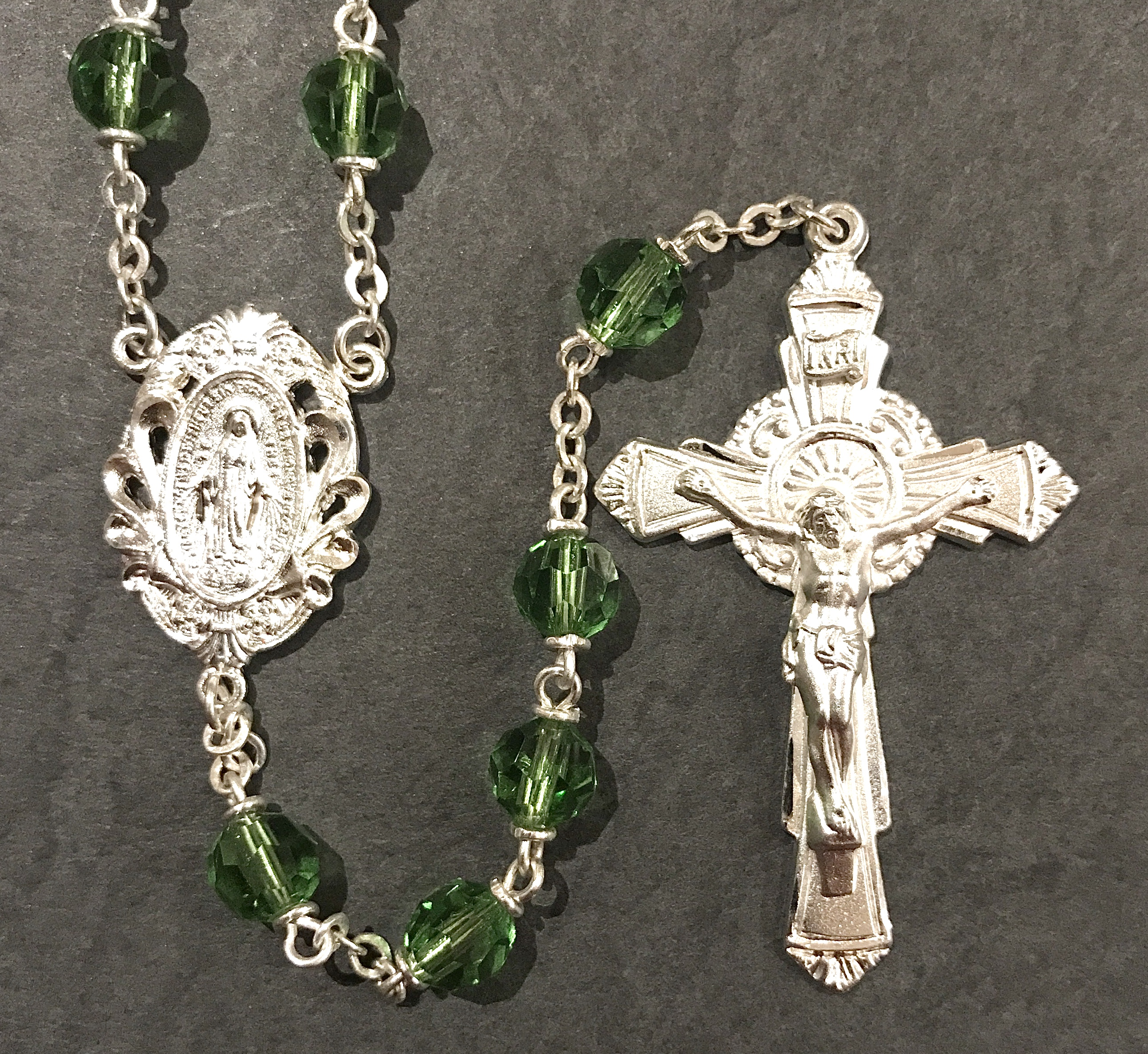 6mm PERIDOT TIN CUT LOC-LINK ROSARY WITH STERLING SILVER PLATED CRUCIFIX, CENTER, WIRE, CHAIN GIFT BOXED