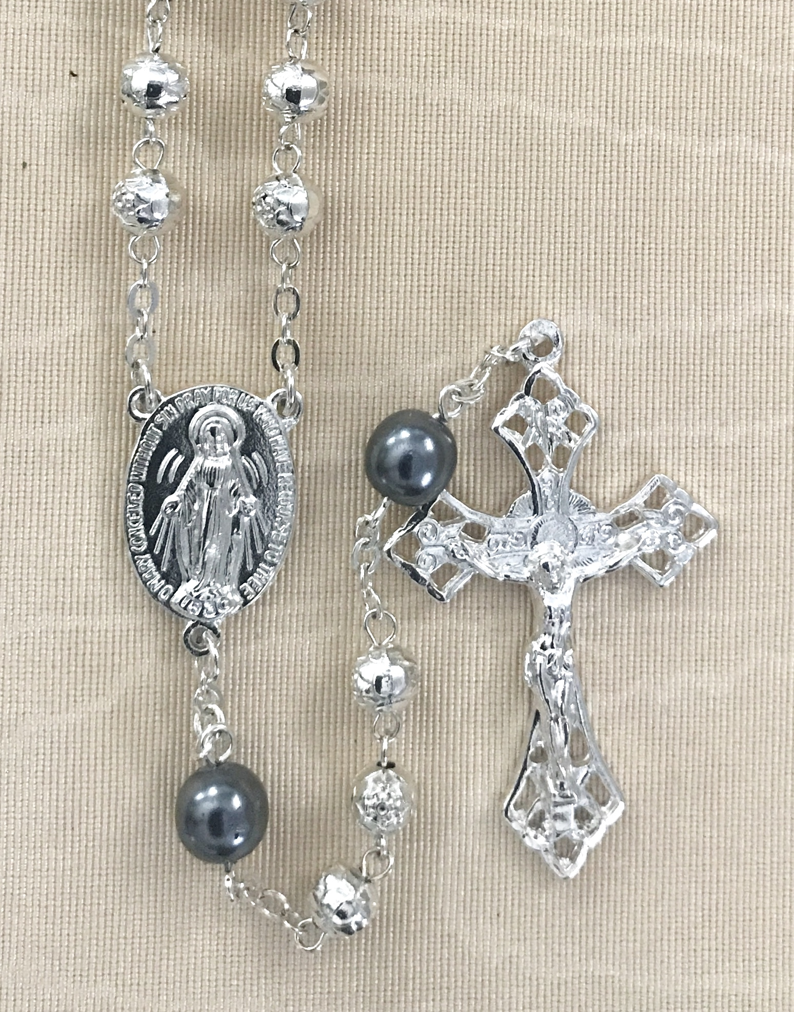 7MM ROSEBUD ROSARY WITH SILVER PEARL OUR FATHER BEADS STERLING SILVER PLATED ROSARY GIFT BOXED
