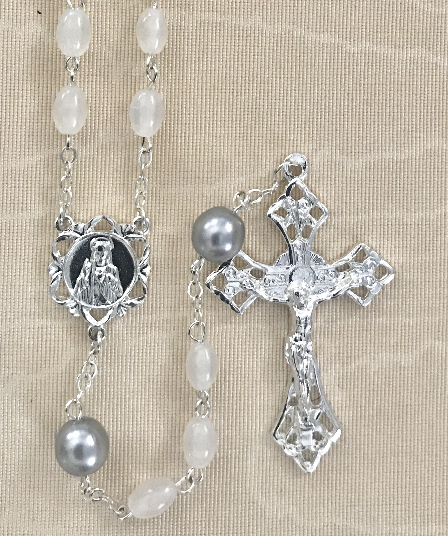 6x8mm PEARL WITH SILVER OUR FATHER BEADS STERLING SILVER PLATED ROSARY GIFT BOXED