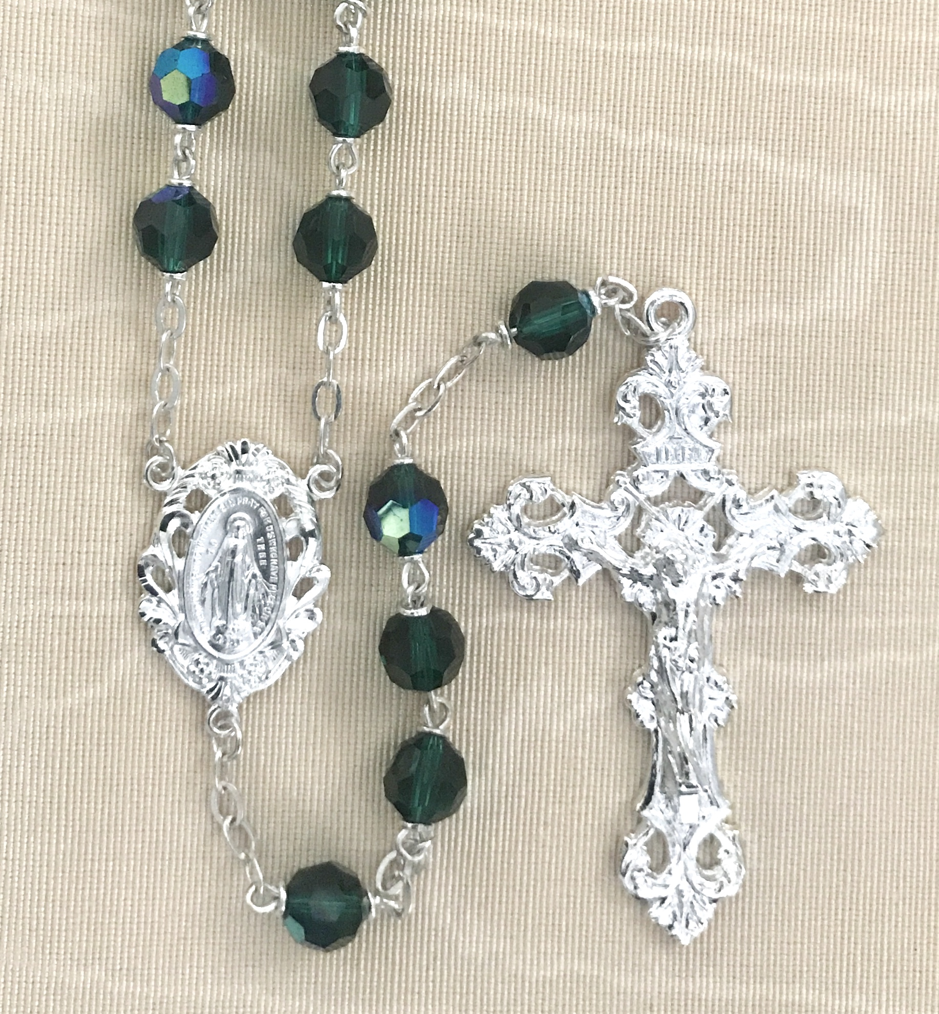7mm ROUND EMERALD AB ROSARY WITH STERLING SILVER PLATED CENTER & CRUCIFIX GIFT BOXED