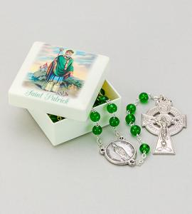 ST. PATRICK MOLDED BOX WITH ROSARY