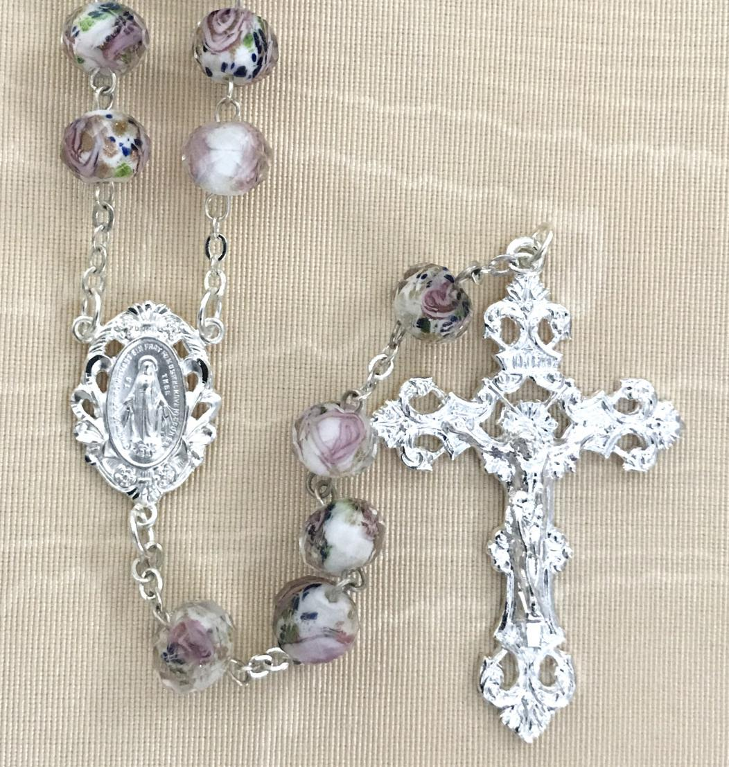 10x8MM WHITE HAND PAINTED ROSE ROSARY WITH STERLING SILVER PLATED CRUCIFIX AND CENTER GIFT BOXED