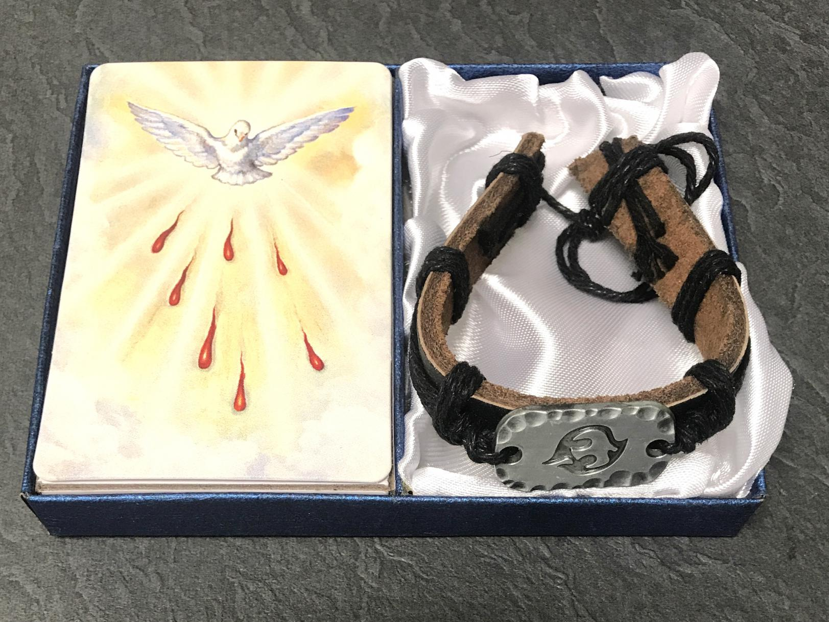 LEATHER CONFIRMATION BRACELET  AND PRAYER CARD GIFT BOXED